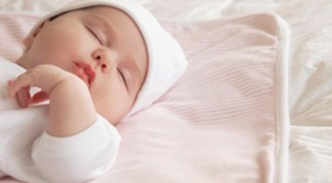 Trẻ sơ sinh bụ sữa, tăng cân nhanh khi dùng sữa công thức