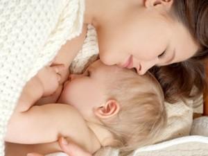 Hướng dẫn cách cho trẻ bú mẹ đạt hiệu quả