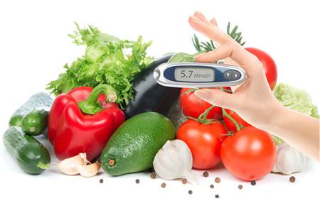 Khẩu phần ăn chứa nhiều rau, củ, quả